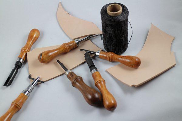 Messerscheiden Kurs beim Messermacher Simon